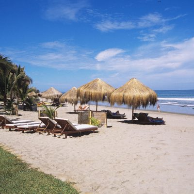 destinations-mancora-beach